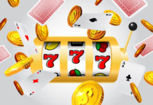 Lucky seven slot machine, flying aces and golden coins