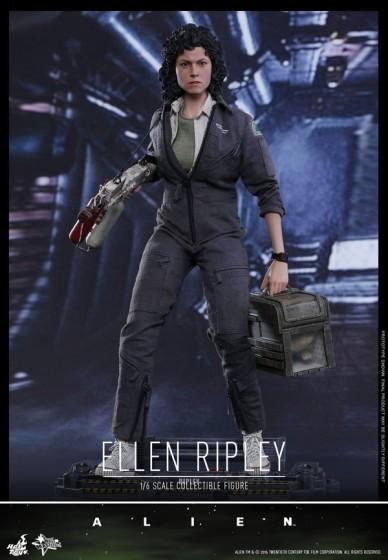 ellen ripley alien action figure 01