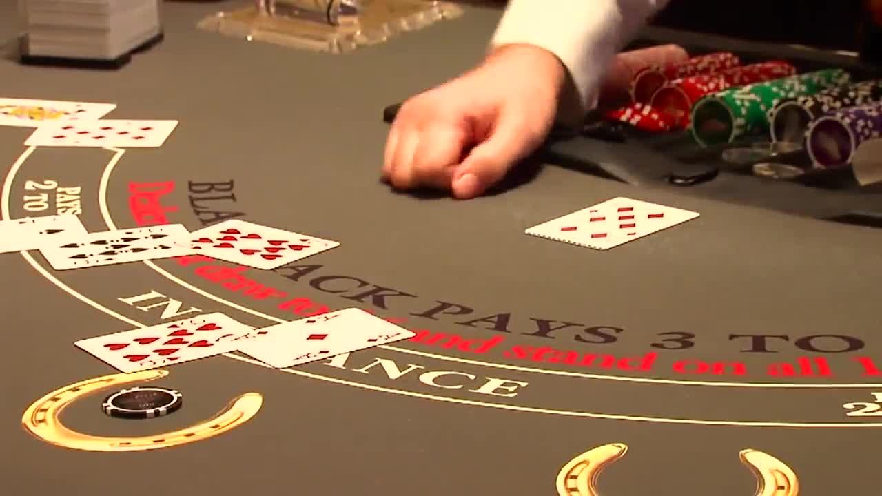 Maximizing odds to win at Online Blackjack - Unigamesity